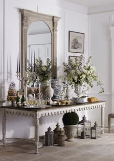 Chris Everard and Rose Hammick shoot for India Jane French Decor, French Country Decorating, Country French, French Style, Classic Style, Country Furniture, Home Decor Furniture, Coffee Table And Sideboard, Shabby Chic Sideboard