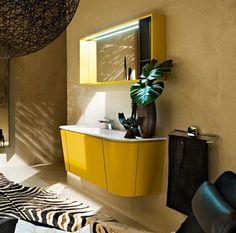 Camera de baie galbena, cu forme inspirate