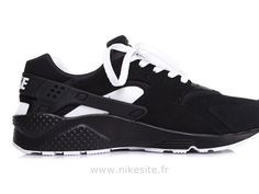 2015 nouvelle édition limitée Nike Air Huarache Homme chaussures  Huarache Homme Nike Air Huarache, Black Huarache, Roshe Run Shoes, Nike Roshe Run, Nike Sportswear, Nike Officiel, Nike Air Max, Site Nike, White Huaraches