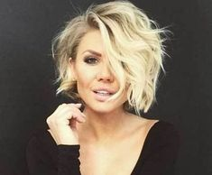 17 More Fresh Layered Short Hairstyles for Round Faces: #3. Long Wavy Bob with Layers; #shorthair; #wavyhair; #bob