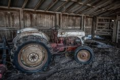 Ford Tractor on a 100 year old farm. Antique Tractors, Vintage Tractors, Vintage Farm, 8n Ford Tractor, Old Farm Equipment, Old Fords, Car Painting, Abandoned, Monster Trucks