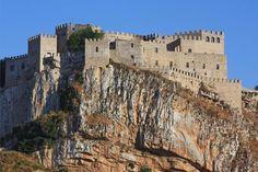 ''Castello di Caccamo - turisticamente espugnabile'' - Caccamo