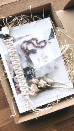 Custom Made Gift, Baby Box, Natural Baby, Beautiful Babies, Creative, Macrame, Gift Wrapping, Packaging, Gift Ideas