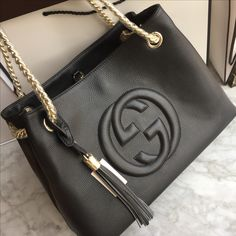 Gucci woman soho tote chain bag black & wallet
