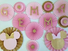 Pink and Hot Pink Rosettes Minnie Mouse by BeautifulPaperCrafts Minnie Mouse Birthday Decorations, Minnie Mouse 1st Birthday, Minnie Mouse Pink, Minnie Mouse Party, 1st Birthday Girls, 1st Birthday Parties, Minnie Golden, Theme Bapteme, Cherry Blossom Art