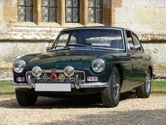 The Dapper Car: 1968 MGB GT MkII