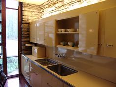 retro St. Charles metal kitchen cabinets, Ludwig Mies van Der Rohe used them in the Farnsworth House in Illinois