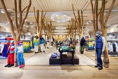 Exclusive fashion in natural ambience – offered by the new Bogner outlet in Bernau am Chiemsee.