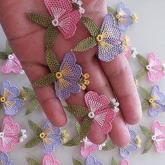 Crochet and Knitting Irish Crochet, Crochet Shawl, Crochet Lace, Simple Embroidery, Hand Embroidery, Embroidery Designs, Needle Tatting, Needle Lace, Crochet Shorts Pattern