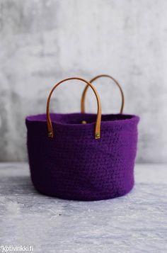 Pehmoinen huopakori | Kotivinkki Korn, Straw Bag, Knit Crochet, Knitting, Sewing, Instagram Posts, Bags, Crocheting, Beautiful Things
