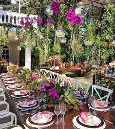 """335 curtidas, 8 comentários - Decor•home•festa•mesa•trip (@pontodecor) no Instagram: """"Simplesmente lindo! 🍃🌺🍃 @renataparaisodesign www.homeidea.com.br Face: /bloghomeidea #home #flores…"""""""