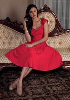 Stop Staring! Mad Style Swing Dress Red ⋆ Stop Staring Shop 40s Fashion, Party Fashion, Fashion Dresses, 1940s Outfits, Retro Outfits, Pleated Bodice, Fitted Bodice, Swing Skirt, Vintage Style Dresses