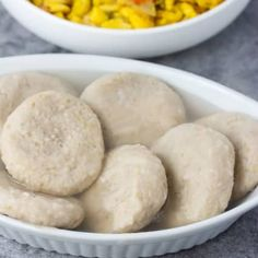 Green Banana Dumplings are a great Jamaican-style dumpling recipe that is served as a side dish, grated green bananas are added to flour. Banana Porridge Recipes, Banana Recipes, Boiled Dumpling Recipe, Crockpot Recipes, Cooking Recipes, Cooking Tips, Three Ingredient Recipes, How To Cook Greens, Kitchens