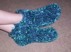 Chunky Slipper Socks: Loom Knitting Pattern