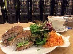 HATAKE CAFE | ハタケカフェ 新宿 メニューは素材にこだわった体にいい物