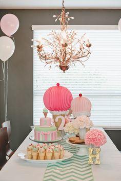 Hannah's Ice Cream Parlor Party! Hannah's Ice Cream Parlor Party! Birthday Party Table Decorations, Birthday Party Tables, 2nd Birthday Parties, Birthday Ideas, Birthday Highchair, Decoration Party, Ice Cream Theme, Ice Cream Parlor, Pink Martini
