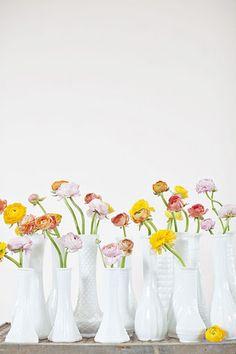 """peaches and cream"" via amy osaba event.floral.design http://ourlaboroflovebyheidi.com/"