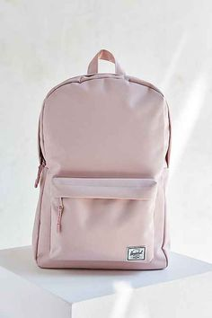 Shop Herschel Supply Co. Classic Mid-Volume Backpack at Urban Outfitters today. Backpack Outfit, Backpack Bags, Fashion Backpack, Guess Backpack, Prada Backpack, Adidas Backpack, Pretty Backpacks, Cute Backpacks For School, Shoes