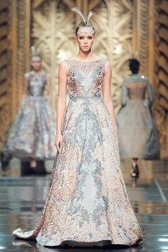 The Evening Dress of Sebastian Gunawan Couture Dresses Gowns, Fashion Dresses, Sebastian Gunawan, Conservative Fashion, American Dress, Dream Dress, Beautiful Outfits, Ball Gowns, Evening Dresses
