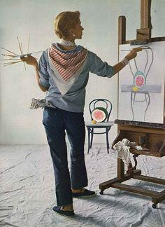 Lisa Fonssagrives by Irving Penn, Vogue 1949, blue shirt, jeans, espadrilles, painting