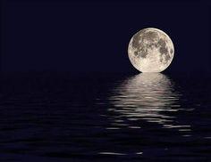 Спокойной ночи друзья и участнике сообщества !! Луна и океан .