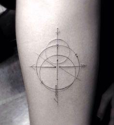 Les tatouages hyper-minimalistes de Dr Woo | Inkage