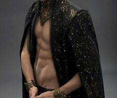 Eddie Redmayne displays his impressive abs in Jupiter Ascending stills A Court Of Wings And Ruin, A Court Of Mist And Fury, Story Inspiration, Character Inspiration, Look Fashion, Mens Fashion, Look Man, Rhysand, Photo D Art