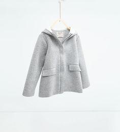 Chaquetón capucha de Zara