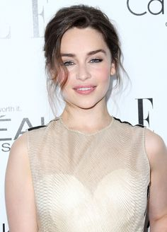 Emilia Clarke Photos - Actress Emilia Clarke attends ELLE's 20th Annual Women in Hollywood Celebration at the Four Seasons Hotel Los Angeles at Beverly Hills on October 21, 2013 in Beverly Hills, California. - Arrivals at ELLE's Women In Hollywood Celebration