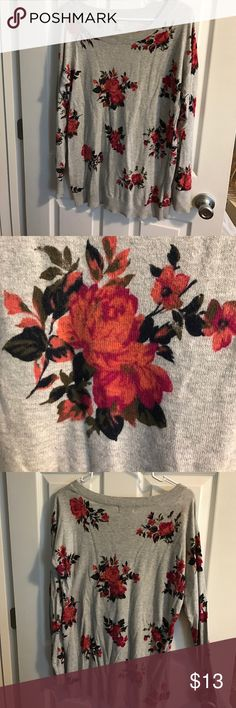 Arizona Jean Floral Sweater Like New Floral Sweater. Great condition!! Arizona Jean Company Sweaters Crew & Scoop Necks