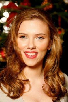 Beautiful SCARLETT JOHANSSON Natural Makeup