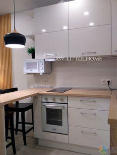 Kitchen Cabinets Light Wood, Kitchen Soffit, Light Wood Kitchens, Rustic Kitchen, Kitchen Decor, Kitchen Design, Kitchen Images, Kitchen Photos, Little Kitchen