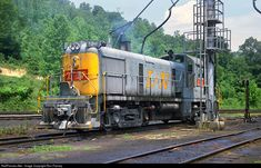 RailPictures.Net Photo: LN 124 Louisville & Nashville Alco RS-3 at Loyall, Kentucky by Ron Flanary