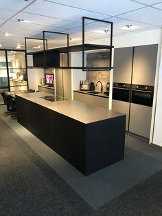 Wave Design, Kitchen Interior, Home Kitchens, Divider, Castle, Dining, Studio, Room, House