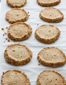 Garlic Parmesan Blue Cheese Crackers   Recipe   Homemade ...