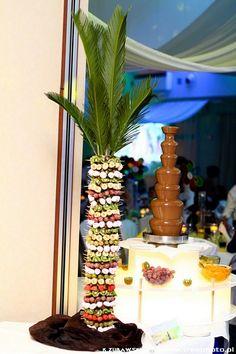 Efekt na żywo, zdaniem Gości jest zdecydowanie powalający :) http://czekoladowefontanny-imprezy.pl/palmy-owocowe.html