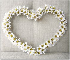 Daisy Silk Flower Wreath