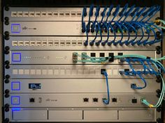 Data Rack, Network Rack, Server Rack, Raspberry Pi Projects, Home Tech, La Red, Kenworth Trucks, Home Theater Design, Tech Hacks
