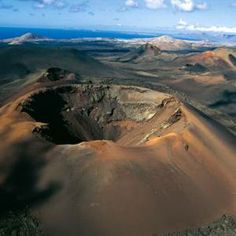 "See 508 photos from 3977 visitors about landscape, lanzarote, and scenic views. ""Visit the Fire Mountains to understand the history of Lanzarote after. Tenerife, Photo Volcan, Places To Travel, Places To See, Spain Holidays, Photos Voyages, Parc National, Spain And Portugal, Canario"
