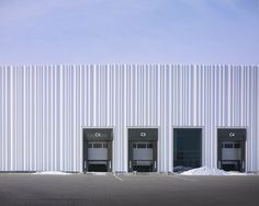 """curtain"" facade 