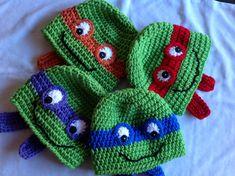 Crochet Teenage Mutant Ninja Turtles Hat Green with by RaqsArt Crochet Christmas Hats, Crochet Kids Hats, Crochet For Boys, Crochet Beanie, Cute Crochet, Crochet Crafts, Yarn Crafts, Crochet Toys, Crochet Projects