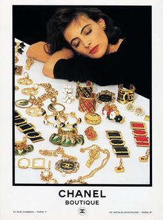 in Mom's Basement Ines de la Fressange casually napping in Chanel Jewels.Ines de la Fressange casually napping in Chanel Jewels. Jewellery Advertising, Jewelry Ads, Vintage Jewelry, Jewelry Stand, Chanel Fashion, 80s Fashion, Vintage Fashion, Chanel Chanel, Chanel Bags