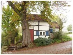 century workmen's houses in Camerig, Epen Zuid Limburg (Netherlands) Little Cabin, Picture Postcards, 16th Century, Windmill, Architecture, Cabins, Countryside, Netherlands, Holland
