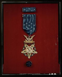 [Medal of Honor]    [between 1941 and 1945]    1 transparency : color.    Notes:  Title devised by Library staff. Also called the Congressional Medal of Honor.  Transfer from U.S. Office of War Information, 1944.    Subjects:  World War, 1939-1945  Medals    Forma Live Life!