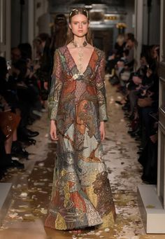 Valentino Spring Summer 2016 HAUTE COUTURE Collection @Maysociety
