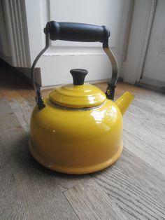 Vintage Le Creuset YELLOW Tea Pot tea kettle
