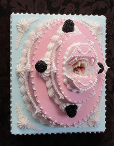 Happy Birthday!  Des gâteaux qui ont du mordant gateau bouche dent mort monstre 03 divers bonus