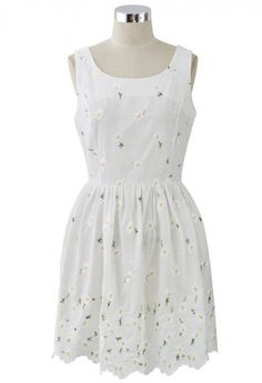 Daisy Love Embroidered White Sleeveless Dress