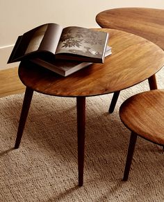 Zara Home Polska Zara Home, Accent Furniture, Table Furniture, Living Room Furniture, Rustic Coffee Tables, Wooden Tables, Home Design, Cloud Kitchen, Brass Side Table
