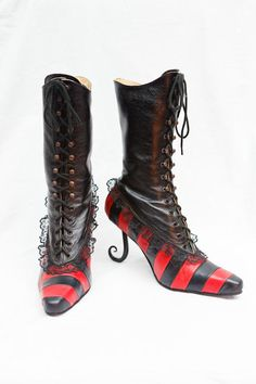 Burlesque boots by Pendragon